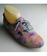 Colorful Easy Spirit floral lace up sneakers size 7 B - $30.24 CAD