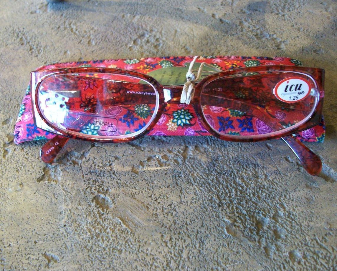 ICU Readers (Reading Glasses), Red Flowers, +1.25 Diopter, New