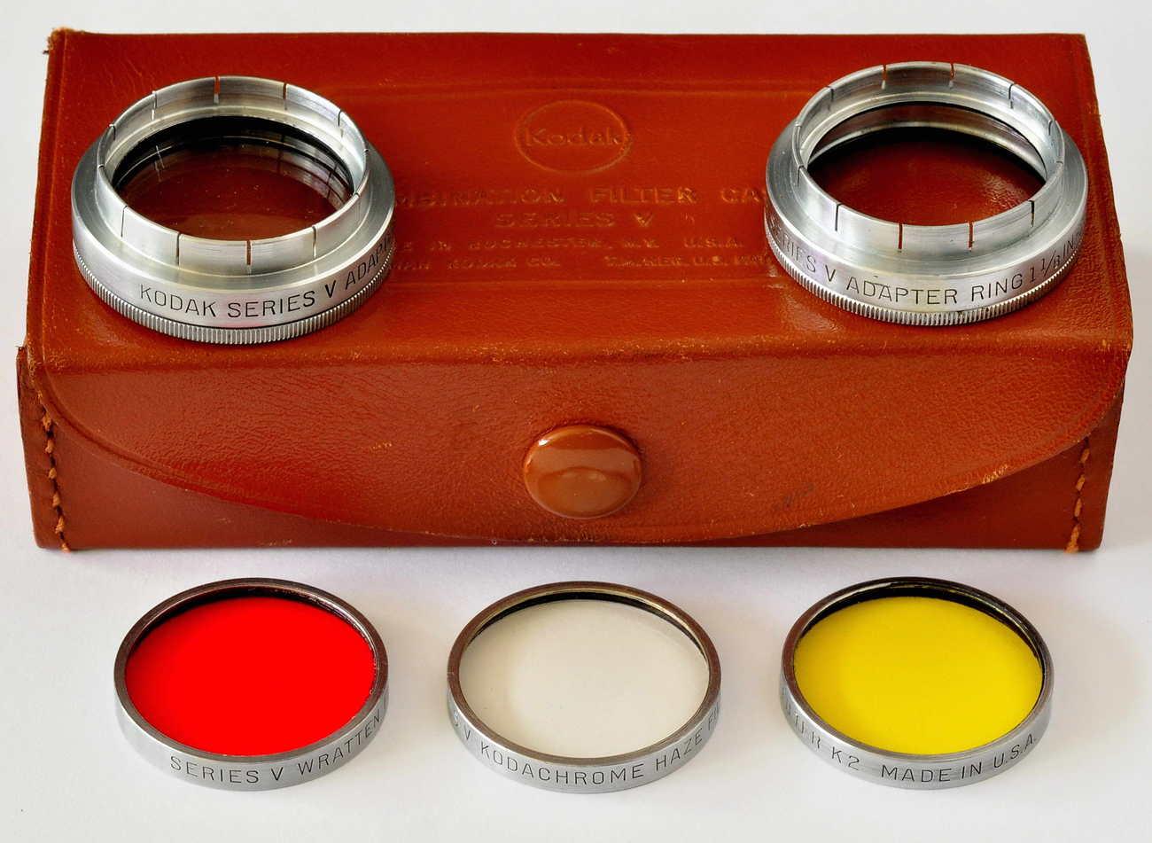 Kodak series v adapter set w 4 filters. small file