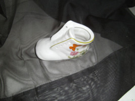 Baby Shoe Bootie Planter INARCO Japan E6364 Boy Girl Flowers Butterflies - $6.93