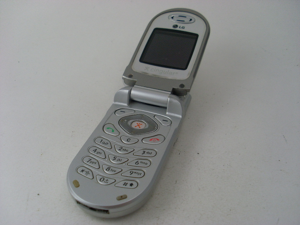 AT&T LG C1300 GSM Flip Cell Phone