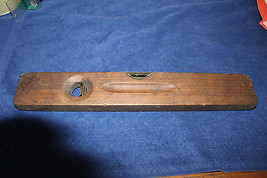 "Vintage STANLEY No 0 cherry wood level 18"" long - $15.84"