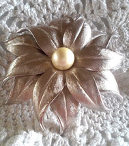 Vintage Signed Judy Lee HUGE Faux Pearl Satin Silver Tone Flower Pin Brooch - $9.50