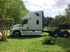 2011 Freightliner 125SLP For Sale in Conroe, Texas 77385 image 3