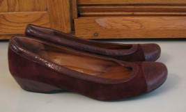 Clarks Artisan Burgundy Suede Leather SHOES Woman's 7 B Ballerina Flats ... - $15.83