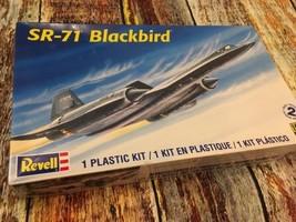 NEW 1:72 Revell 5810 Lockheed Martin SR-71A Blackbird USAF Plastic Model... - $22.76