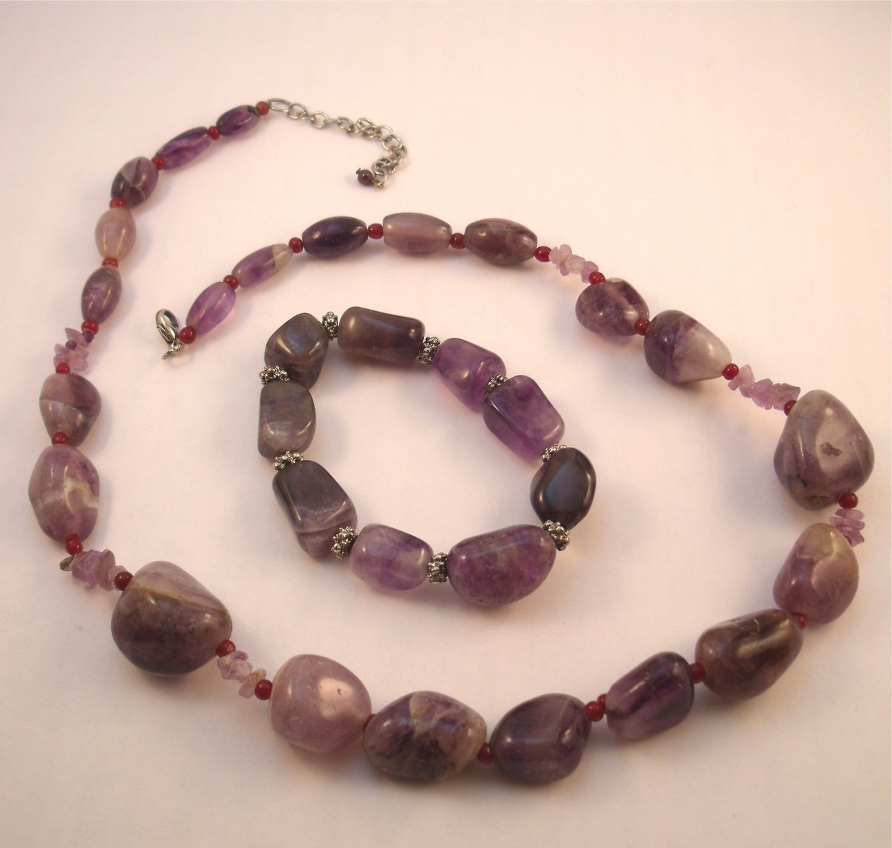 Amethyst pebble necklace and bracelet