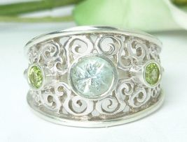 Sky Blue Topaz and Peridot Oxidized Band Sterling Silver Ring Size 7 - $39.00