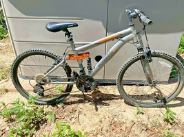 Mongoose Ledge 2.1 24 Inch 21-Speed Mountain Bike - Local Pickup Only - $75.00