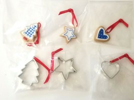 Set of 6 2003 Hallmark Mini Christmas Ornaments Cookie Molds Tree Heart ... - £9.82 GBP