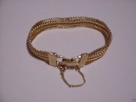 Unusual Vintage Mesh Chain Goldette Bracelet Signed - $39.99