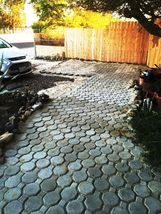 Keyhole Interlocking Driveway Paver Molds 18+2 Edgers FREE! Make 1000s of Pavers image 3