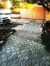 Keyhole Interlocking Driveway Paver Molds 18+2 Edgers FREE! Make 1000s of Pavers image 3