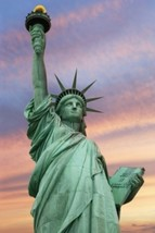 THE STATUE OF LIBERTY - $22.99