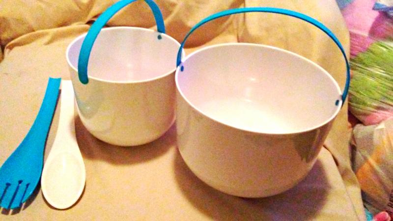 Cookut Two Promenade Salad Bowls and Salad Server Set - Blue New in Original Box - $26.99