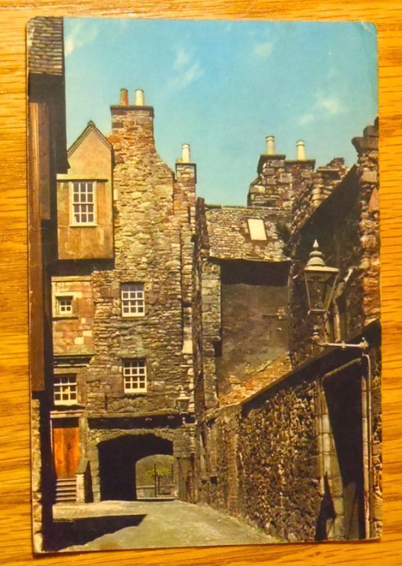 c1950s - Bakehouse Close, Canongate Edinburgh - Scotland - Unused Postcard