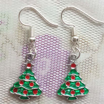 EARRINGS              ITEM # 8129         COMBINED SHIPPING - $3.75