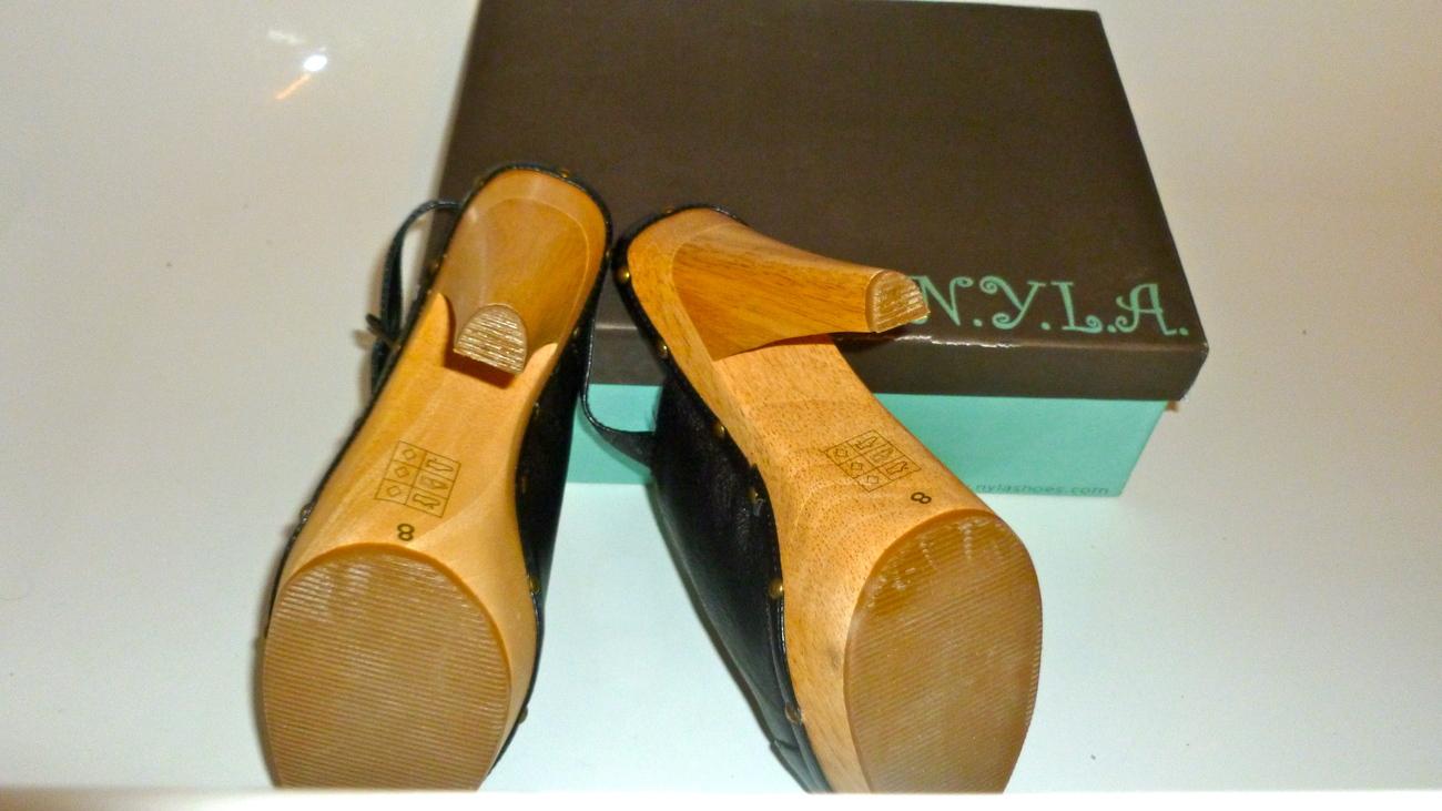 NYLA Calvina style sling back platform size 8