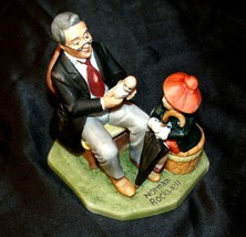 """1980 Annual Figurine """"Doctor and the Doll"""" by Norman Rockwell with Box AA20-2182"""
