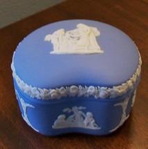 "Vintage Wedgwood Blue Jasperware Cherub Children Kidney Shape Trinket Box 3.25"" - $19.15"