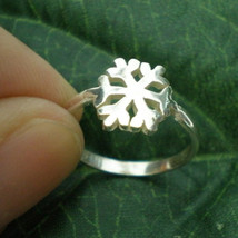 Xmas Silver Snow Flake Ring - SnowFlake Ring Jewelry - $32.00