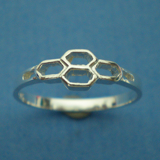 Bee Honeycomb Silver Statement  Ring - US 3 - 13