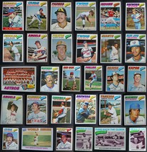 1977 Topps Baseball Cards Complete Your Set U You Pick From List 221-440 - $1.49+