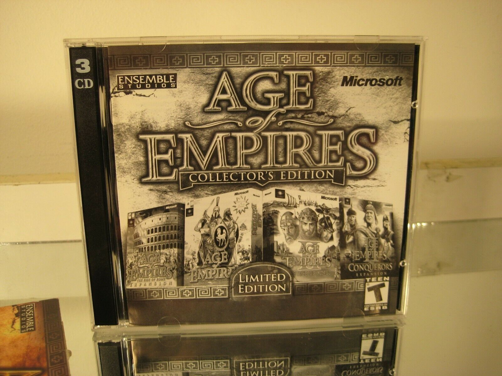 Age of Empires Collectors' Edition 2000 PC CDROM RTS Game image 3