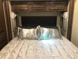 2019 FOREST RIVER Sand Piper 379FLOK FOR SALE IN Bastrop, TX 78602 image 3