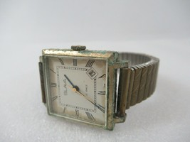 SLAVA 21 Jewels Automative Watch Russia USSR Rectangle Mens Vintage Works - $28.84