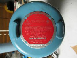 Micro Switch 11CX15-D01 W/ Bettis Actuator RPC450SR4 & Jamesbury Valves NEW image 4