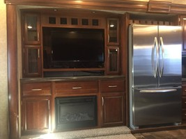 2015 Prime Time Sanibel 3601 Fifth Wheel For Sale In Spicewood RV Park, TX 78669 image 4