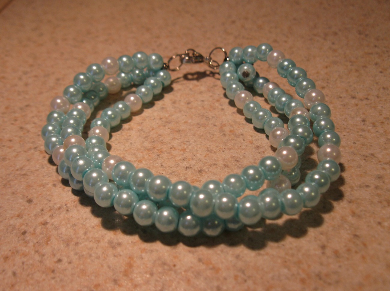 BRACELET BANGLE 3 STRANDS OF LIGHT BLUE & WHITE PEARL #443