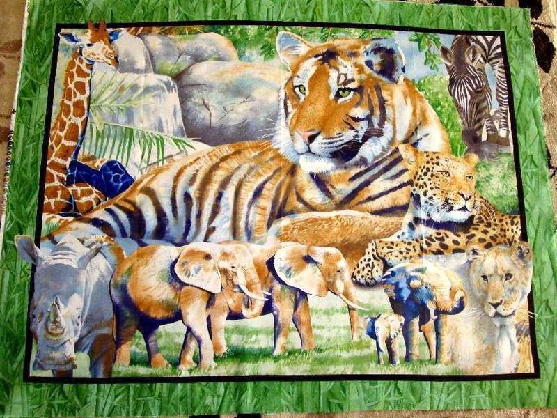 IT'S ZOOLOGICAL JUNGLE ANIMALS QUILT FABRIC PANEL