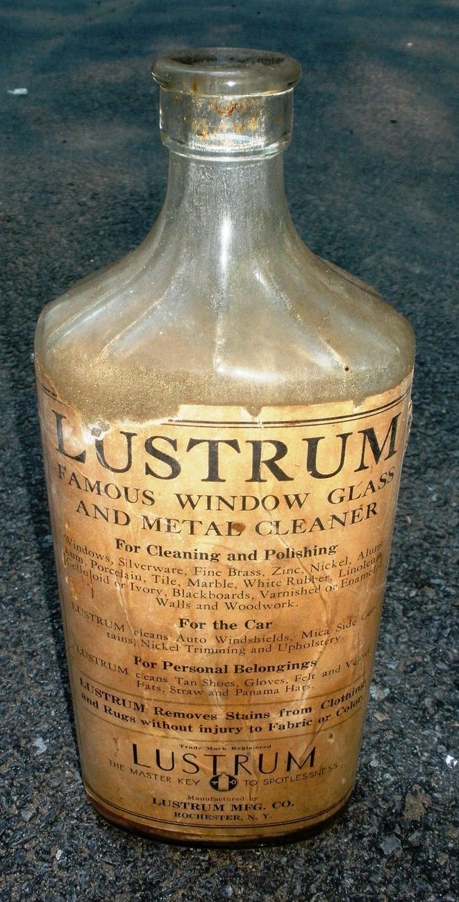 Bottle lustrum glass cleaner