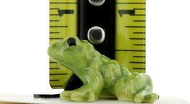 Hagen Renaker Miniature Frog Family Papa Baby & Tadpole 3 Piece Set image 3