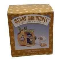 Hallmark Merry Miniature Happy Haunting Halloween 1996 Pumpkin House & Figurine - $12.82