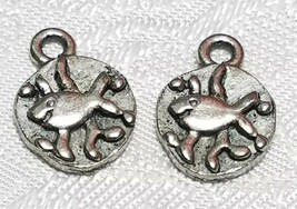 SWIMMING FISH FINE PEWTER PENDANT CHARM  - 10x14x2mm