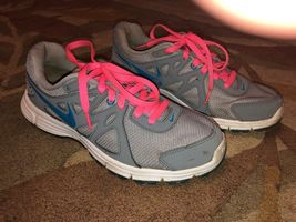 Nike Revolution 2 Womens Gray Turquoise Pink Sneakers Size 9 - $30.00