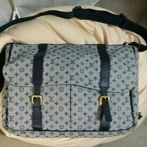 Louis Vuitton shoulder bag - $756.58
