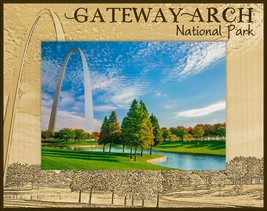 Gateway Arch National Park Laser Engraved Wood Picture Frame (4 x 6)  - $29.99