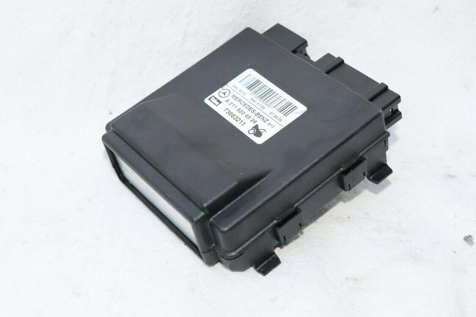 Mercedes W211 E350 E500 350 TRUNK Lift Control Module A2118204526