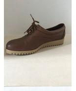 L.L. Bean tan leather boat style oxfords lace ups Women's shoes size 6 M - $21.78