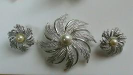 Vintage Sarah Coventry Silver-tone Pinwheel Brooch & Earring Set - $36.62