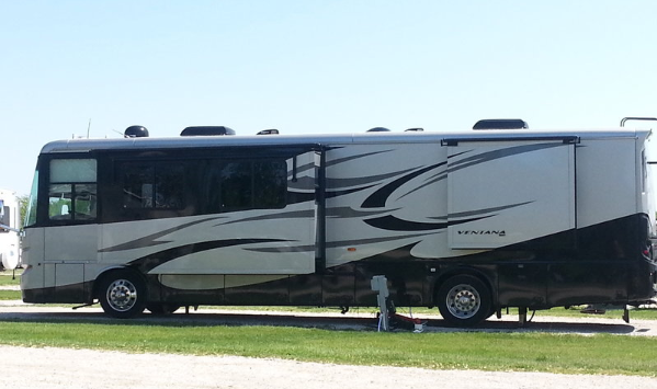 2010 Newmar Ventana 3933 for sale by Owner Clive, IA 50325