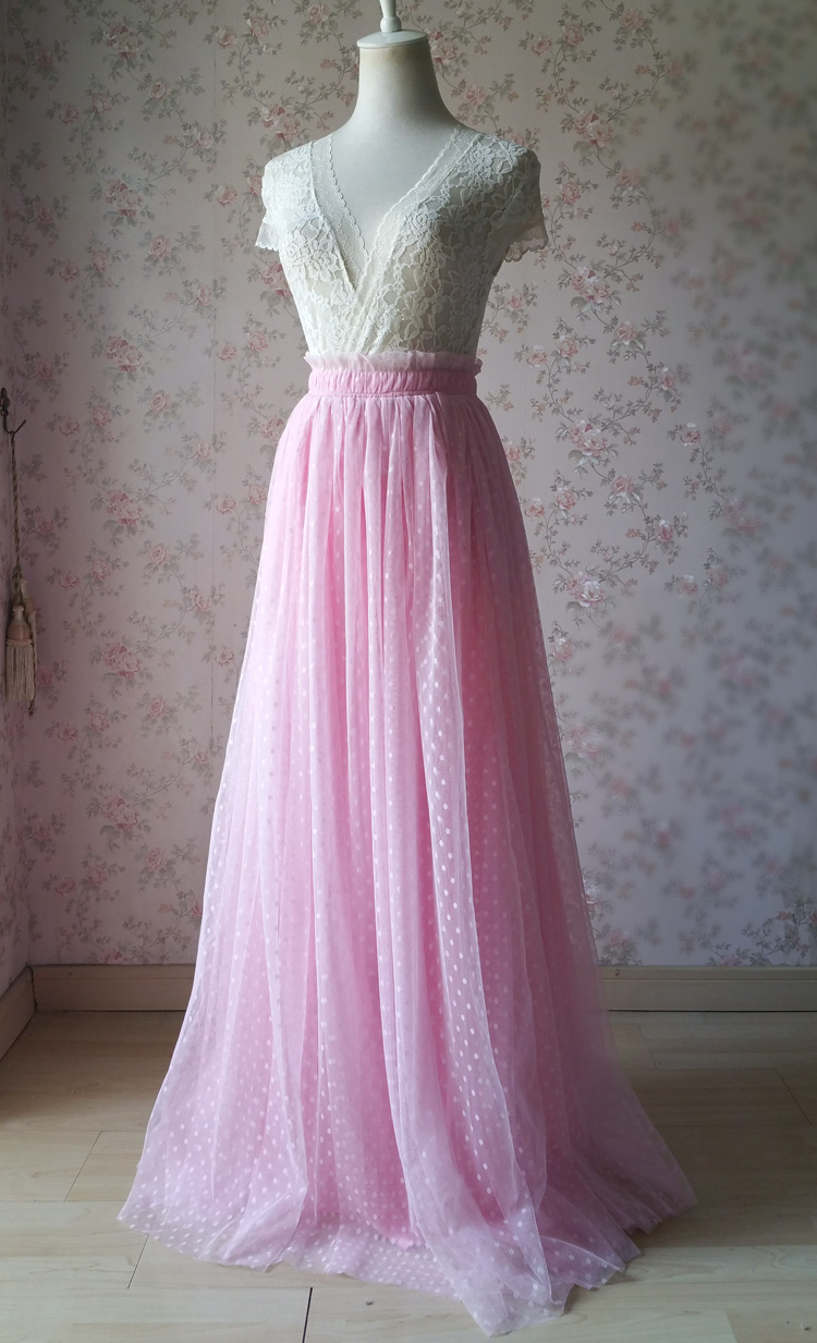 Pink tulle skirt dot 750 01