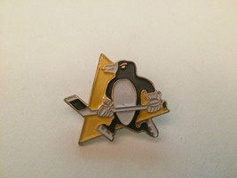 Pittsburgh Penguins NHL National Hockey League vintage metal & enamel la... - $18.99