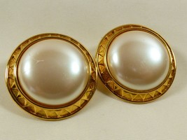 Monet Signed Gold tone metal White pearl Faux Large Round clip Earrings - $17.82