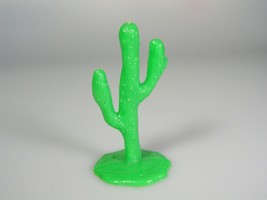 MARX Western Town cactus green hard plastic miniature ranchhouse train l... - $10.70