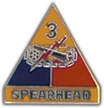 Army 3RD Armored Division Spearhead Military Pin - $13.53